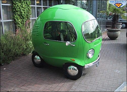 Le auto che vorremmo in GT6-1794509d1379505662-le-macchine-piu-brutte-di-sempre-auto_monoposto_a_forma_di_mela-jpg