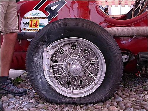 Gran Premio Storico delle Mura a Bergamo!-incidente-8c-03-jpg